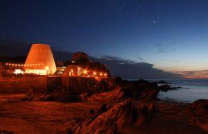 Landmark Theatre at night. Photoby Matthew Wrosser